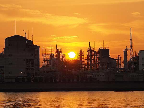 新居浜市の工場