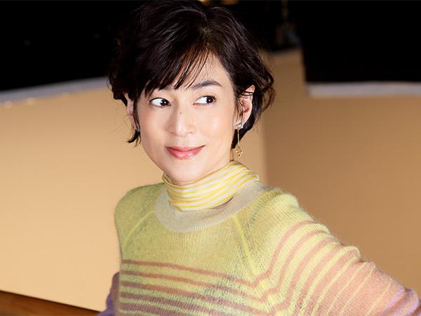 鈴木保奈美!女優史上一番のダメ女を演じた舞台裏は?