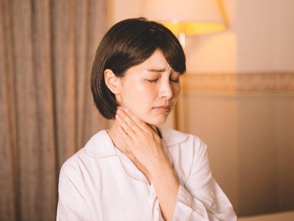 喉が痛い原因と対処法