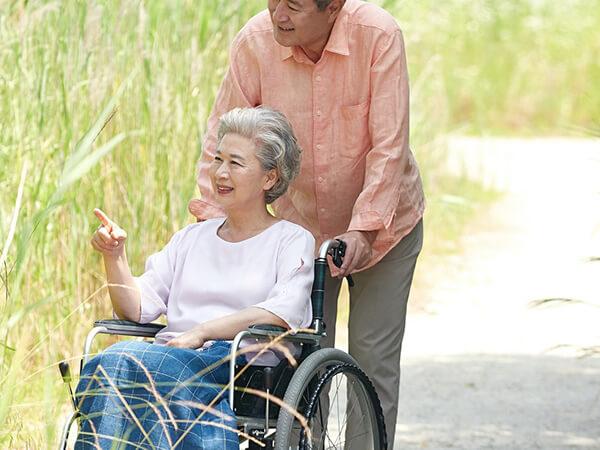 介護別居からの卒婚!距離感が心地いい夫婦の形とは