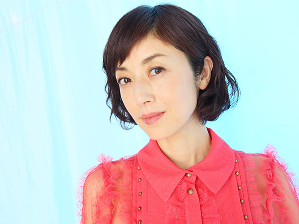 女優・高岡早紀!魔性の女の素顔……実はかなり自然体!