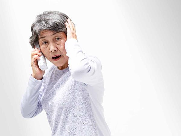 高齢者を詐欺被害から守るために周囲ができることは?