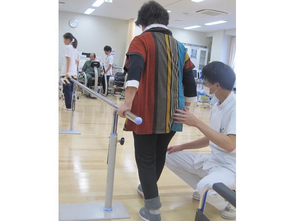 歩くことが難しい! 回復期のリハビリテーション