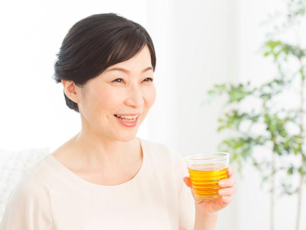コロナ禍の「新・生活習慣病」予防に緑茶がおすすめ