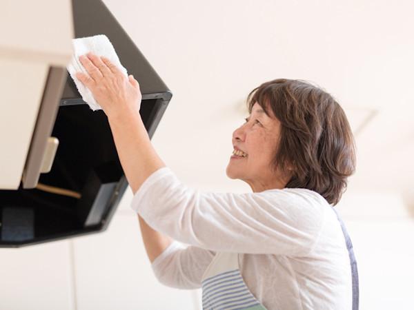 簡単な換気扇掃除の方法は?