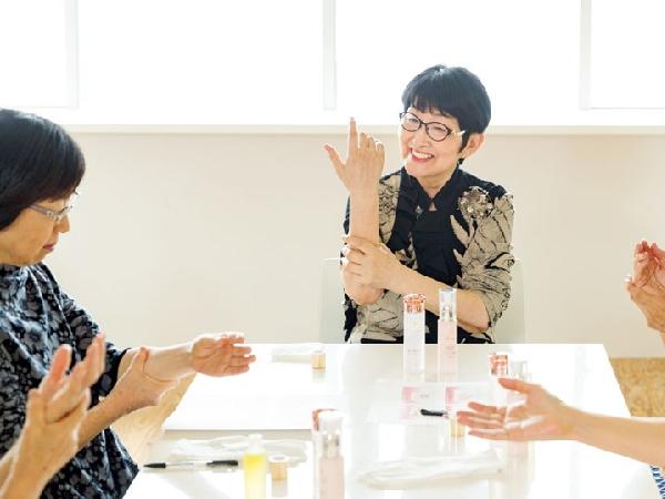 美容研究家・小林照子流!美しい手の作り方
