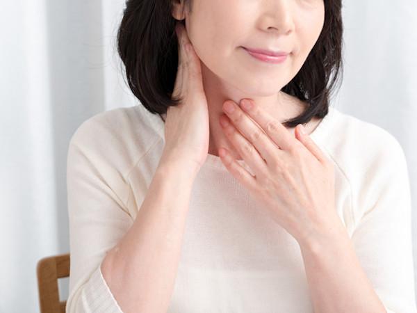 首のシワを予防・改善する方法とおすすめの医薬部外品