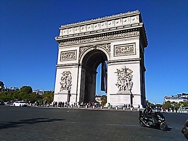 一都市滞在。暮らすようにパリを旅をる(前編)