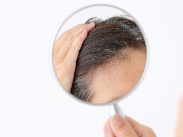 白髪になる原因5つ!年齢別の対策法は?