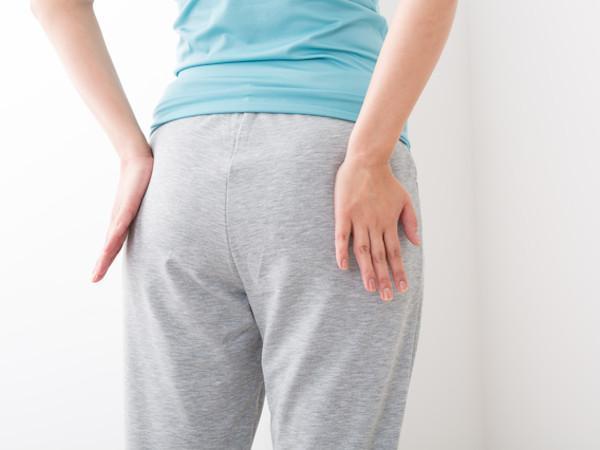 骨盤底筋はなぜゆるむ?仕組み&簡単トレーニング