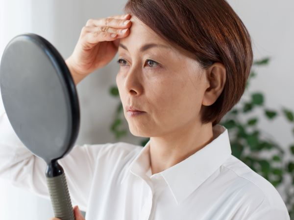 老人性色素班の原因と治療法