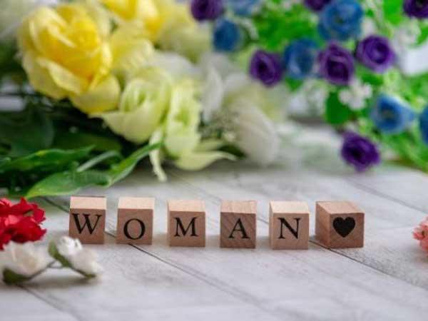 女性が明るく生きられる社会を目指して