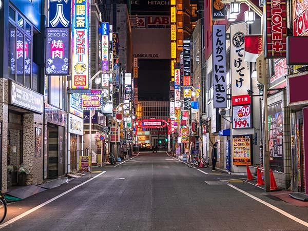 閑散とした歌舞伎町