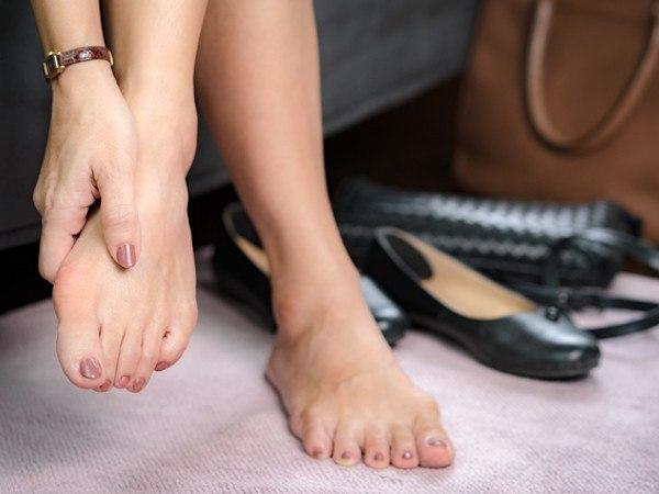 外反母趾におすすめの靴と履き方のポイント