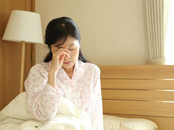 更年期に眠い原因は?眠気対策も紹介!
