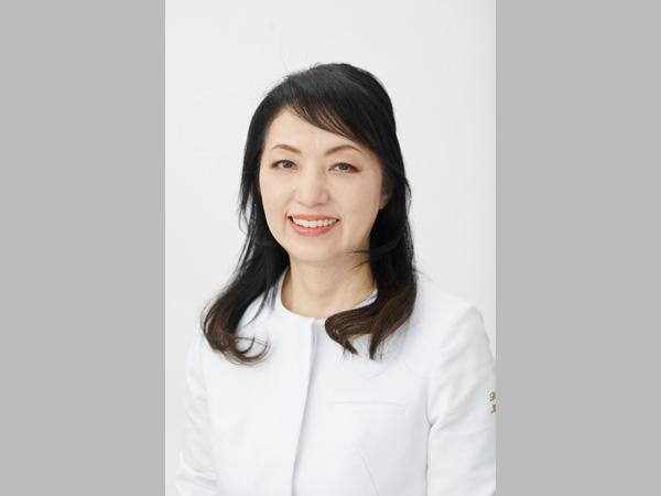 歯科医師 宝田恭子さん