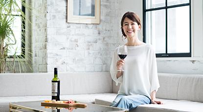ワインを楽しむイメージ映像