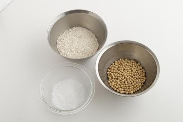 手作り味噌1kg分の材料
