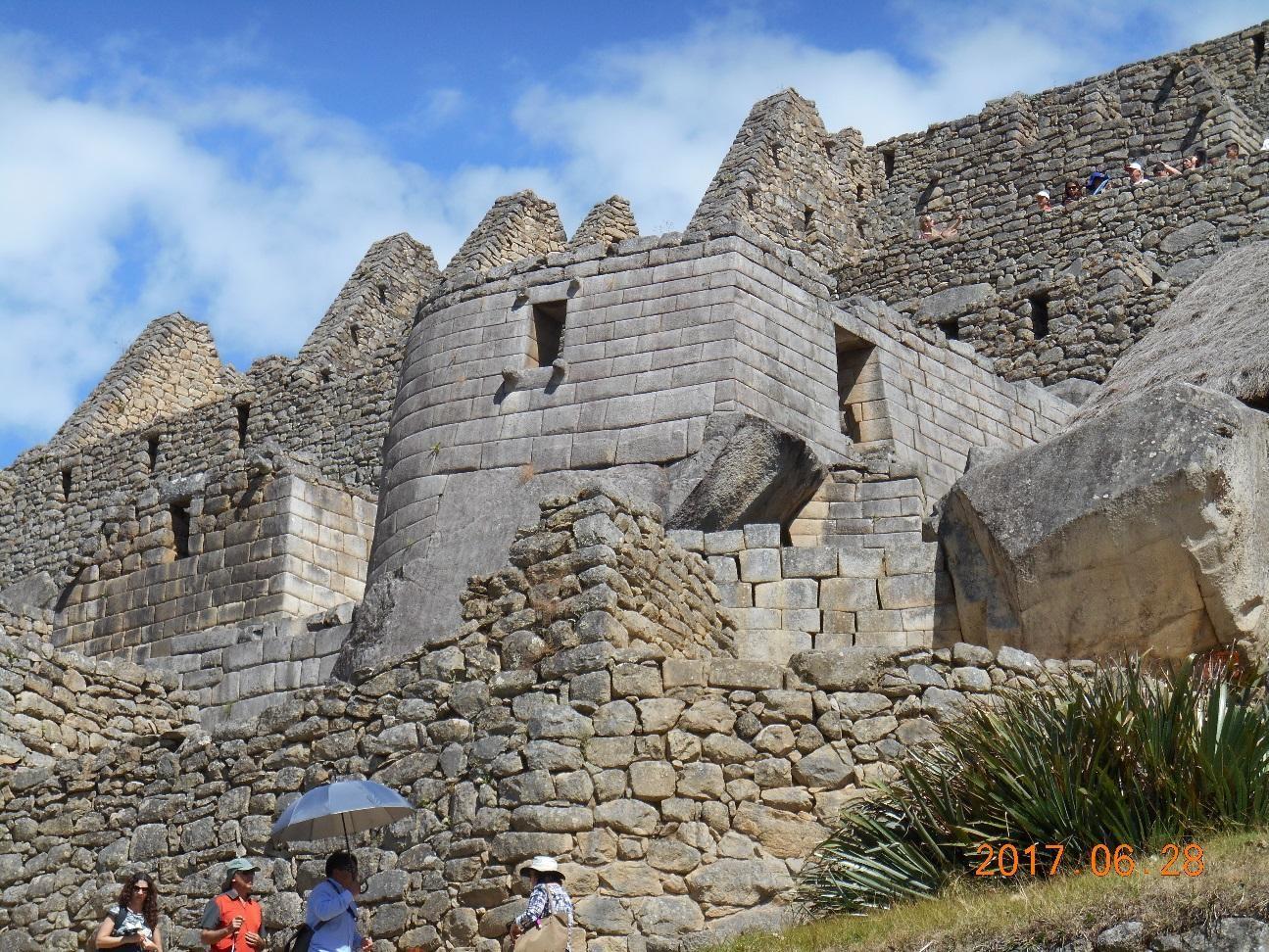 コンドルの宮殿と牢獄 石積の美しさは特別です