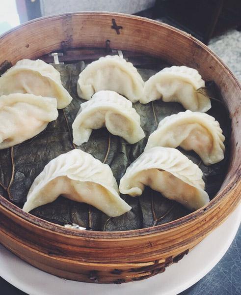 山東餃子牛肉麺館
