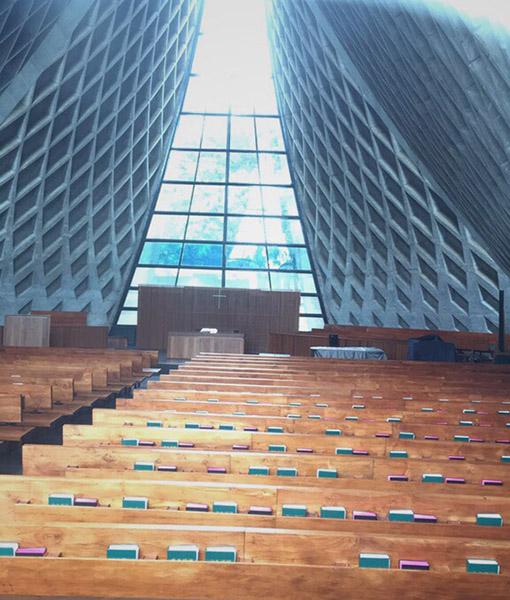 東海大学の路思義教堂(ルース・チャペル)
