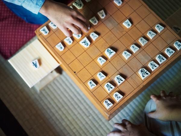 藤井聡太くんで話題、将棋のタイトルっていくつある?