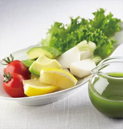 副菜:彩り野菜と抹茶ノンオイルドレッシング(88kcal)
