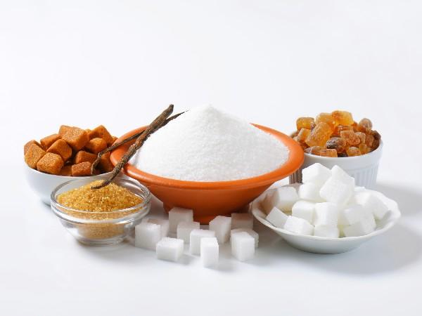 白砂糖、三温糖、きび砂糖、黒糖の違いとは?