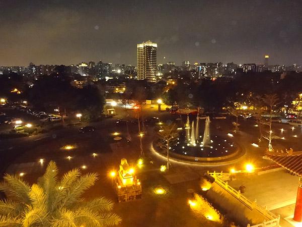 圓山大飯店バルコニーからの夜景