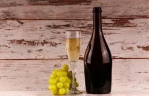 「日本ワイン」と「国産ワイン」って何が違うの?
