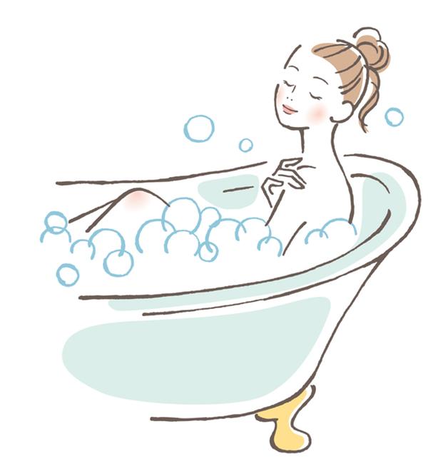 半身浴をする人