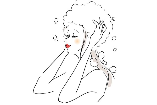 頭皮のニオイを防ぐためには髪の洗い方にも注意