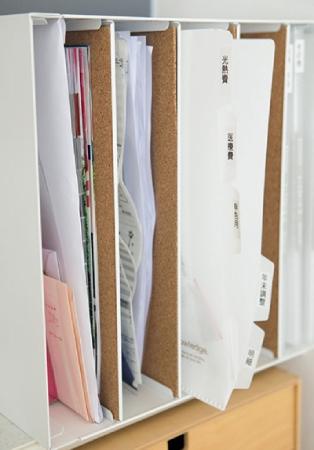 リビングの収納アイデア:手紙の収納場所