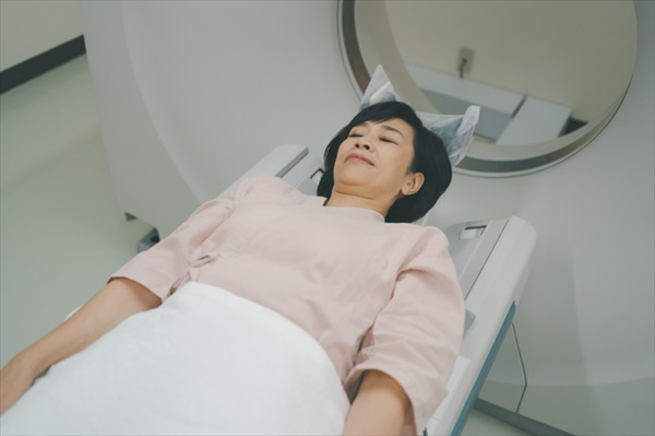 女性のがん罹患数と死亡数の統計