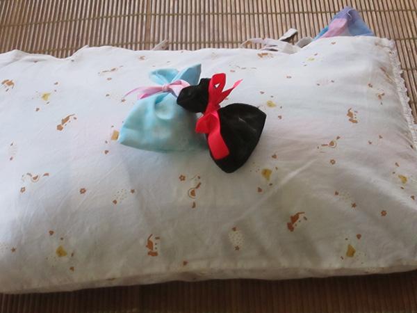 寝室の枕元に置き、深い眠りにつきましょう