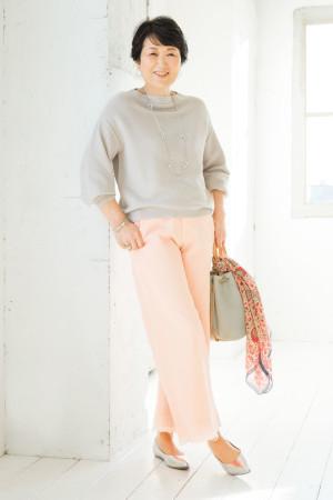OKコーデ:パンツの色を変えるだけで全体が軽やかに!