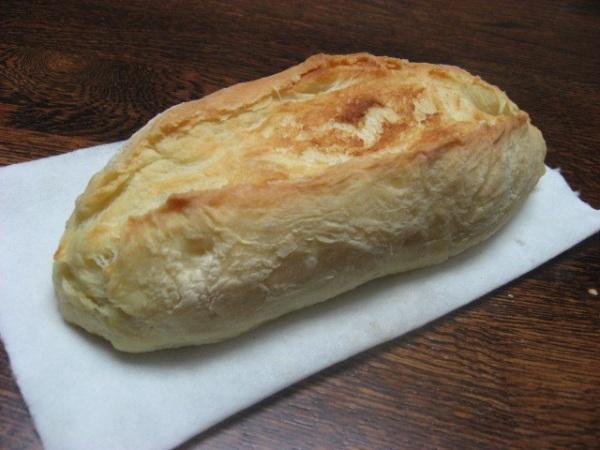 チーズパン。工夫して作っているうちに少しは上達してきました