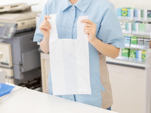 レジ袋が有料化されるって本当?