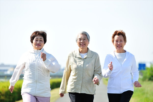 50代以上の女性が意識したいウォーキングを継続するポイント