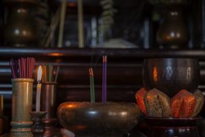 仏壇ってどうやって処分すればいいの?