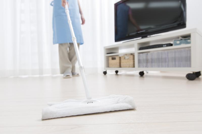 フローリング掃除の正しい手順とは?