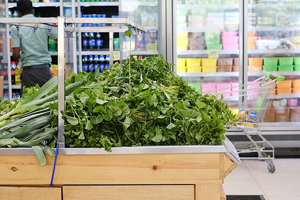 スーパーマーケットではゴトゥコラ がいつも山積み