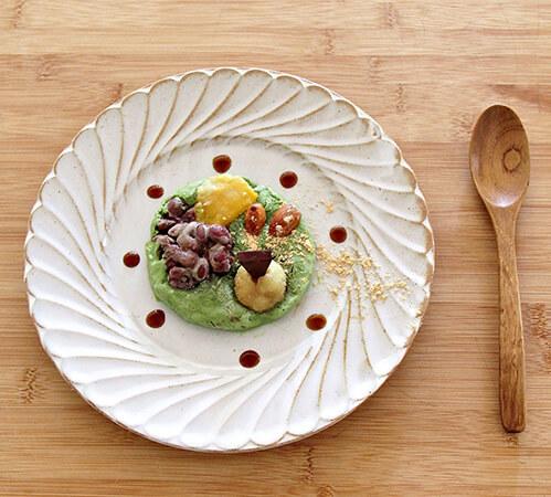 シャリシャリッとした食感のヨーグルトバーク