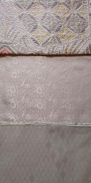 (上)羽織りの絞り部分 (中)羽織りの衿の絞りのない部分 (下)別の無地の着物。以前、これで弟のシャツを作りました