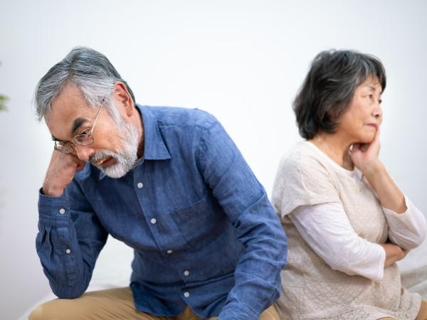 「熟年離婚」とは何歳から?どのくらいいるの?