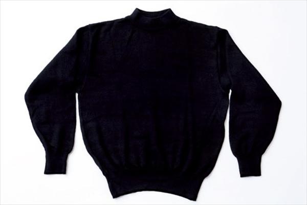 似合う服:シンプルでゆとりがある服