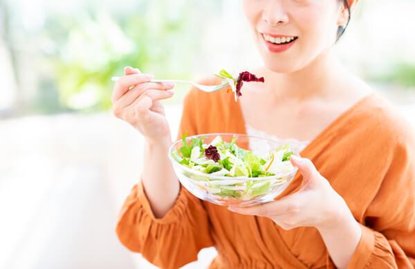飲酒や間食、外食を含む「食生活」が変わった!