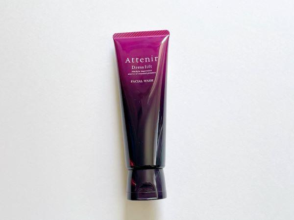 「スキンケアが効きにくくなる大人肌」のための洗顔フォーム