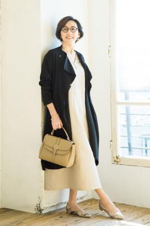 OKコーデ:ニットのカーディガンを布帛のコートにして、すっきり