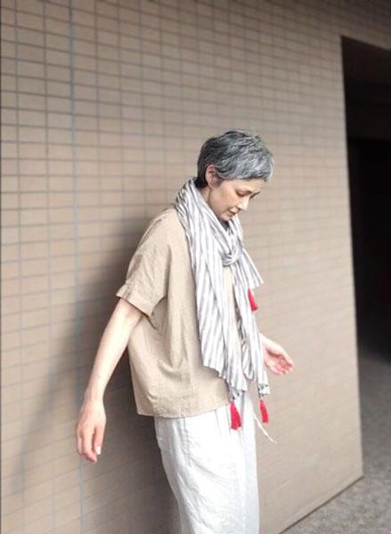 50代モデル青木さんのファッションコーデ術